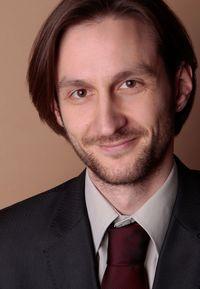 Dr. Benjamin Auer